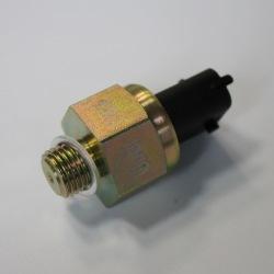 Czujnik ciśnienia oleju 04215774, 04213020